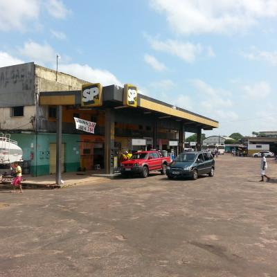 Stazione rifornimento carburante